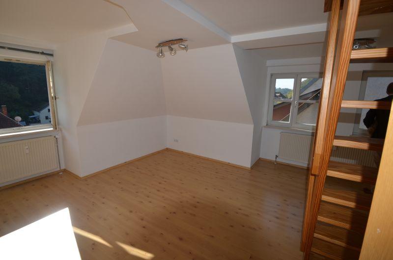 Lichtdurchflutete 2,5-Zimmer-Wohnung in Bad Berneck