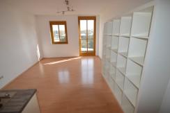 RESERVIERT***2-Zimmer-Maisonette-Apartment  mit Balkon und Außenstellplatz