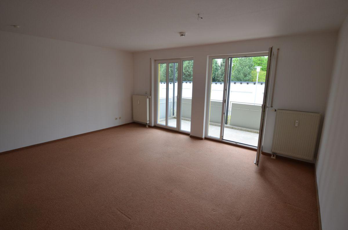 Schickes 1-Zimmer-Apartment  mit großem Balkon und TG-Stellplatz in Bestlage von Hof