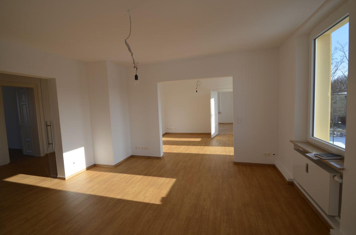 Luxuriöse 5-Zimmer-Traumwohnung mit Balkon und Blick auf die Villa Wahnfried