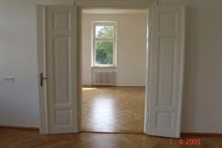 Luxuriöse 3-Zimmer-Altbau-Wohnung  mit großer Terrasse direkt am Hofgarten