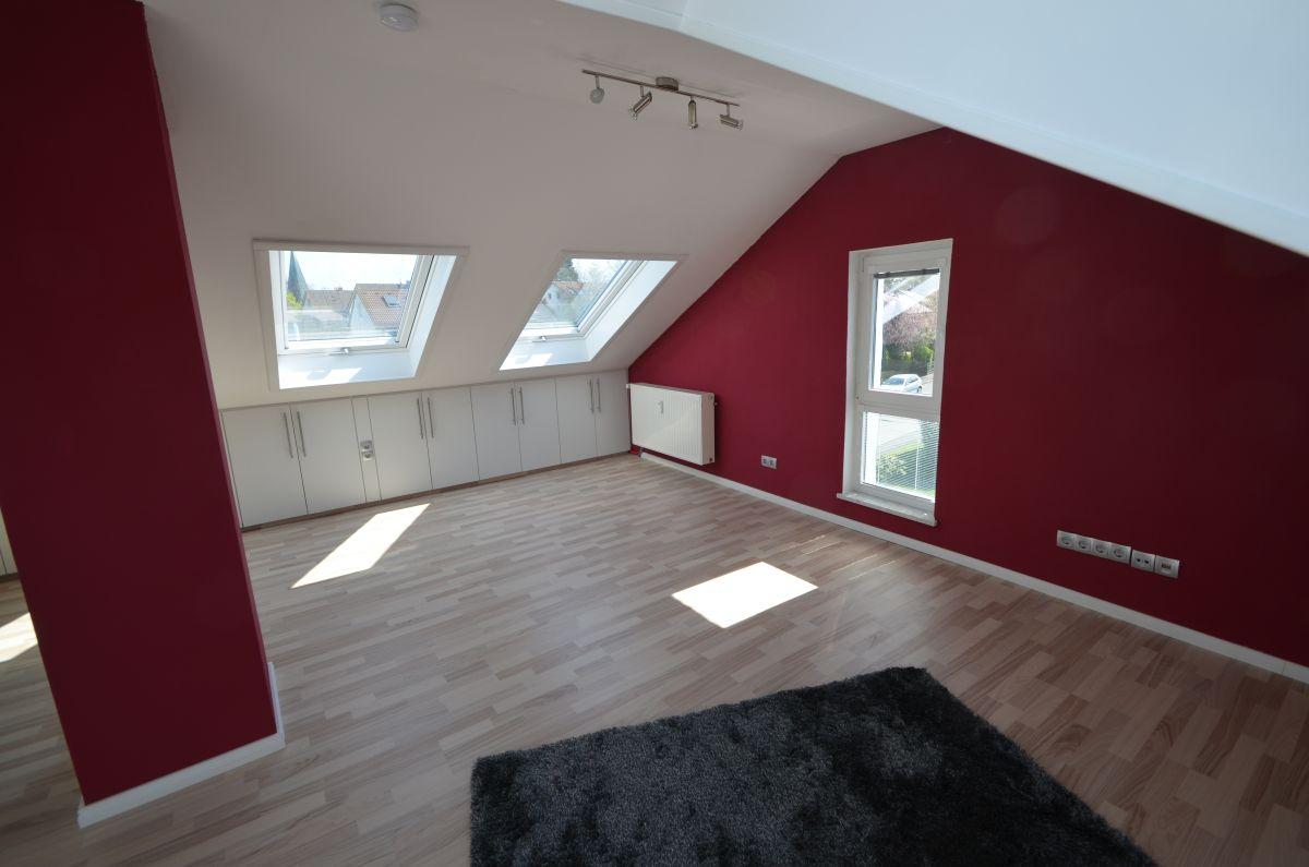 VERMIETET***Schicke und helle 2,5-Zimmer-Wohnung  mit Balkon und Gartennutzung in Bestlage des Stadtteils Birken